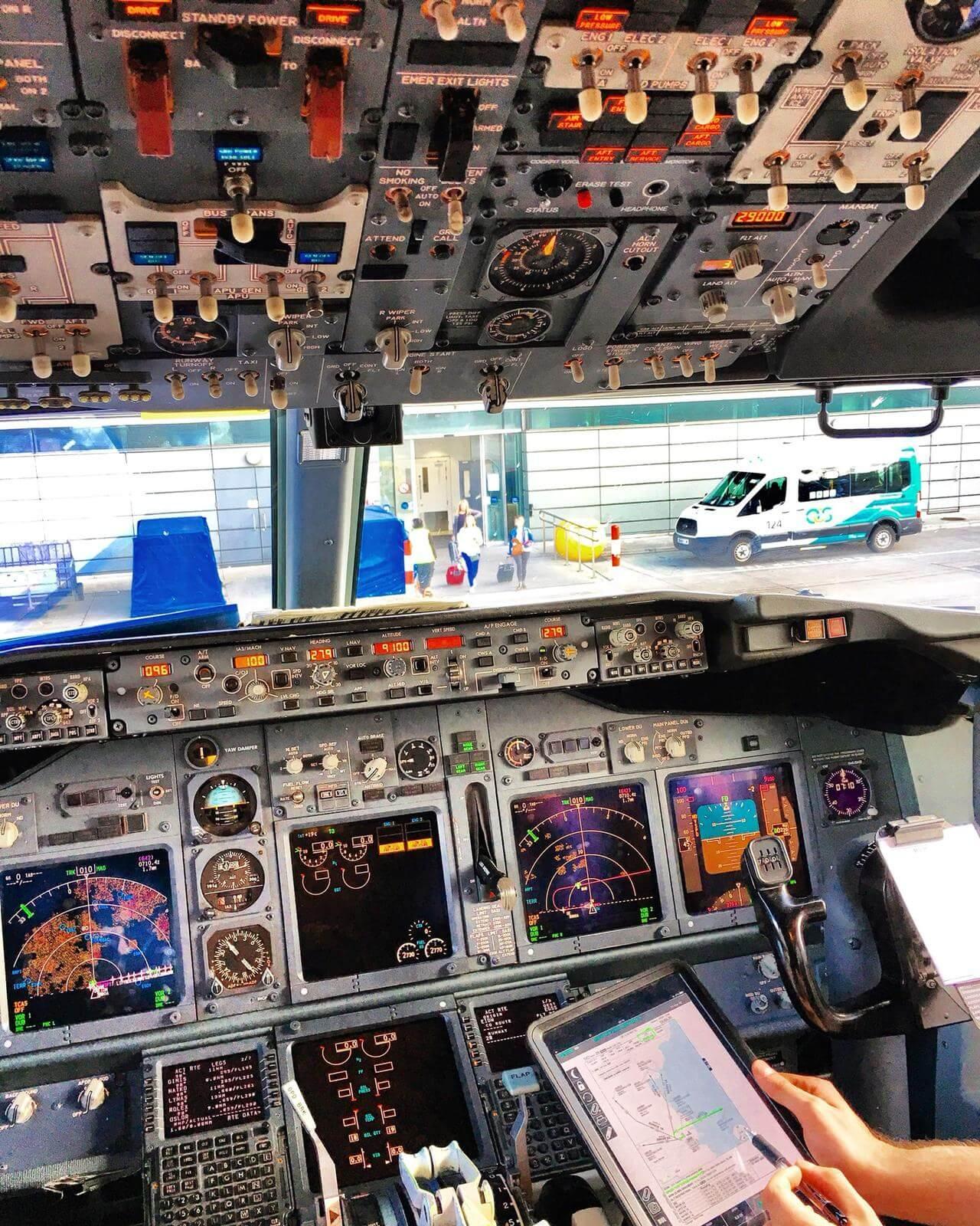 aviation insider 737 type rating